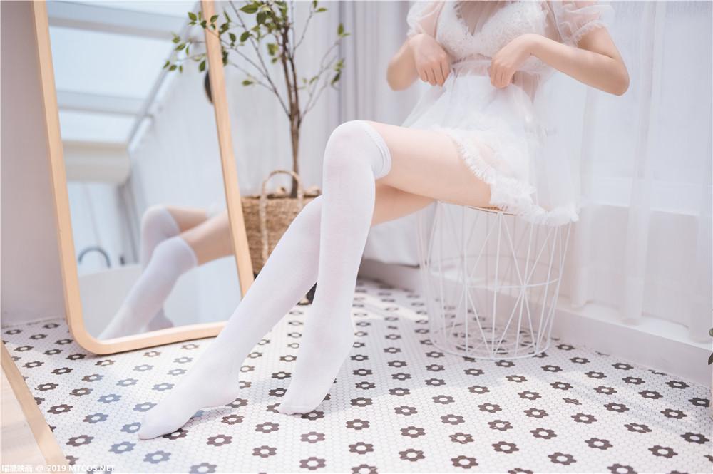 喵糖映画 VOL.025 半透浴室JK少女 若隐若现的白丝纱裙[42P-356M]