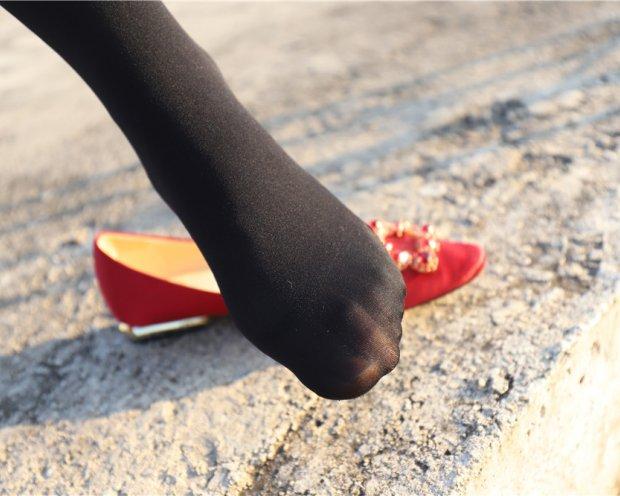 DXG – 厚丝袜黑袜足红鞋[280P/2.8G]