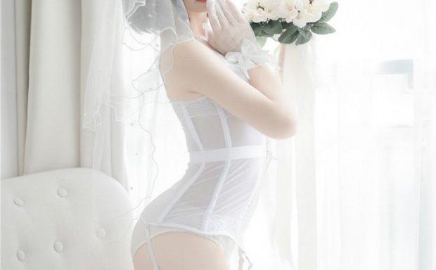 十万珍吱伏特 – 花嫁束腰吊带白丝网袜足[42P-1.3G]