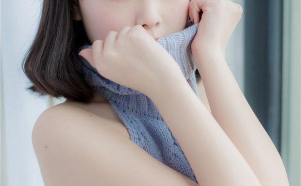 向小圆 – 诱惑露背毛衣写真[12P]