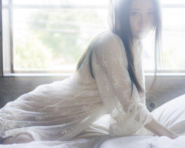 日本摄影师 小林树二(Shuji Kobayashi)朦胧中的曼妙身材[47P]