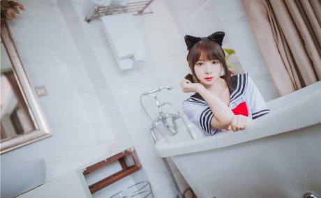 疯猫ss-浴缸里的JK[33P-225M]