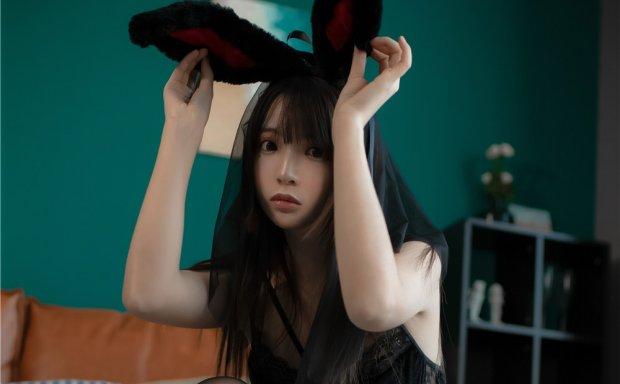 疯猫ss-可爱兔女郎少女[44P-675M]