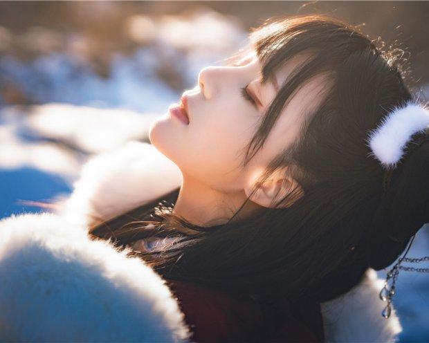桜桃喵-熹微 雪中汉服
