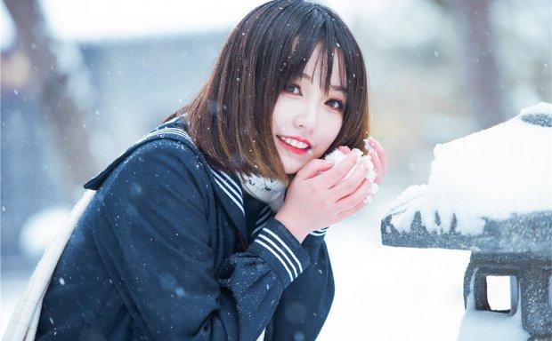 犬神洛洛子-雪中JK[23P-125M]