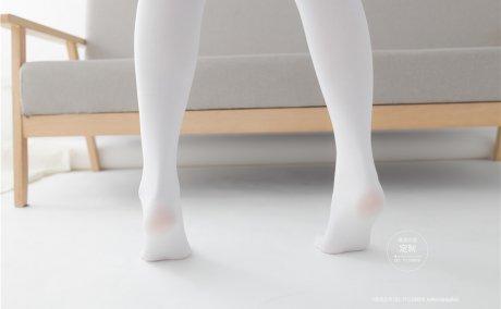[紧急企划]Q-001 龙崎聆音 白丝JK格子裙[88P-0.98G]