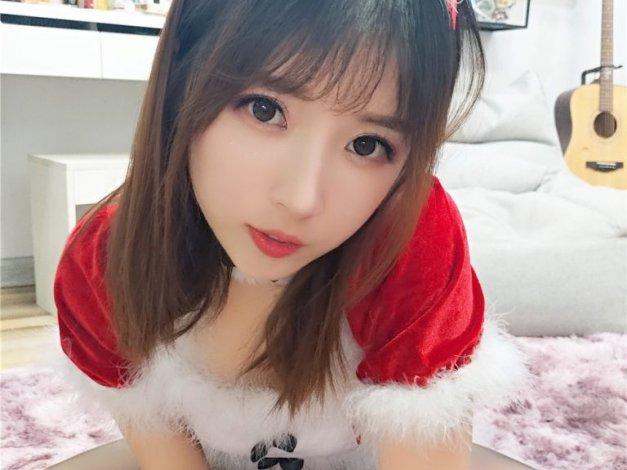 [小女巫露娜] NO.003 圣诞兔耳娘[37P-192M]