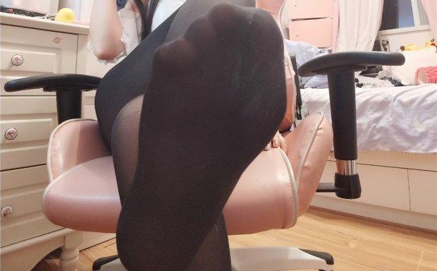古川kagura-黑丝兔女郎[24P]